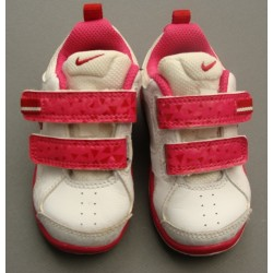 Baskets blanches et roses - Nike